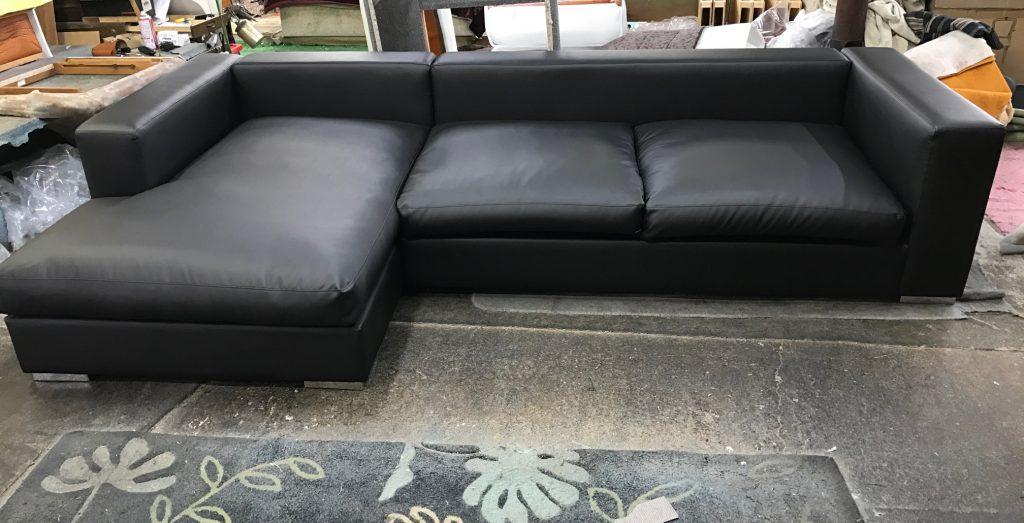 Cenova sofa3