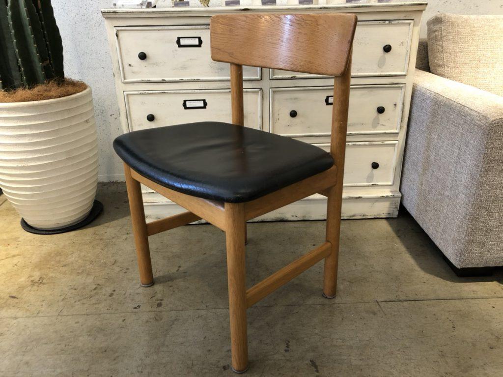 dininng chair2